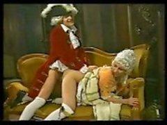 Periode Stück mit blonden Anfang genagelt und die Zimmermädchen immer Schwanz zu saugen