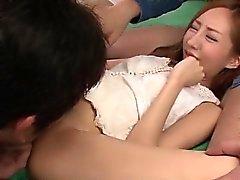 Erena Aihara kadar aldı ve sabit fuked alır