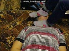 slave ligado lambe pés
