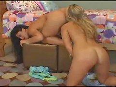 Strapon Lesbian roy15