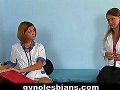 Lääkärintarkastus ja lesboudesta