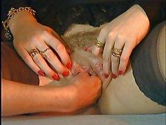 Debora Coeur - AnaLydia Hot Fisting Scene