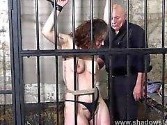 Naisvangista kermavaahdtovatkaimet ankaria kahleista rangaistuksia amatöörejä seksi useamman partnerin slaavilaisten