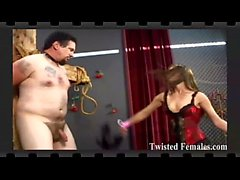 Femminizzati e puniti da due dommes sadici