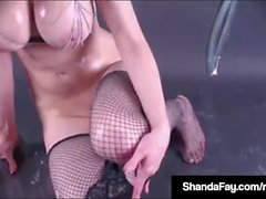 Canadian Cougar Shanda Fay Fills Up Pussy With BlowUp SexToy