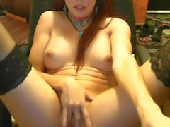 27yo girl cums on cam 3