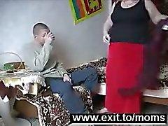 Michael 19 63 yaşında büyükanne sikikleri