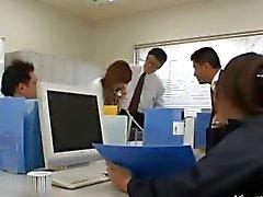 Asiatischen Sekretär aus Tokyo bei ass Milch
