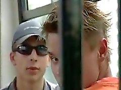 Sittlichkeitsvergehen auf dem Bus der geile Paar nicht scheißegal ( Hobby ausgereifte mom Mutter Mütter Großmutter draußen Cumshot madmaxxx )
