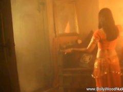 Bollywood Smooth Dancer