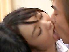Clean filles épilée baiser