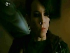Noomi Rapace -Girl With The Dragon Tattoo