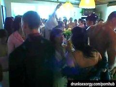 Hochzeit Schlampen sind in der Öffentlichkeit verdammt