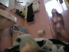 Mon stepsis pris doigté dans la douche