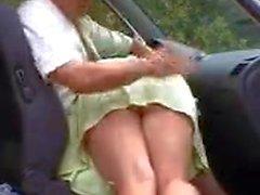 fessee en voiture