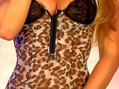 Dionne Daniels 02-08-2013(2)