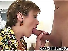 Mature lady gets hardcore fucked