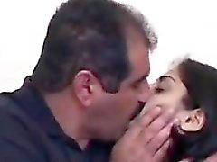 Arap hanımı Couch Açık Having Sex