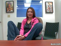 Amateur girl Candy takes off her jeans and plays with her snatch
