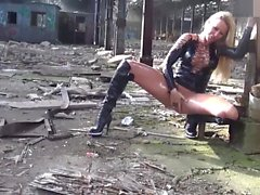 naughty-hotties - abandoned building oiled up quickie