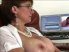 Matura di rimorchiatori di puttana inglesi e ottiene sperma