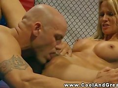 Oral for blonde babes love muscle during her workout