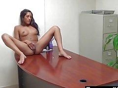 Di Chloes Webcam Mostra i presso l'ufficio