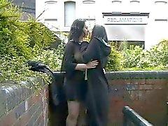 Lésbicas público ficar nua nas ruas da Grã-Bretanha