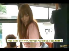 Miho Maeshima Çinli kız gözlük üzerinde bir cum yük alır