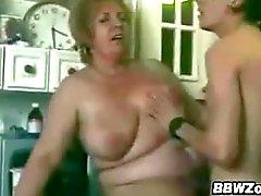 Fat nonna ed un giovane Amante degli