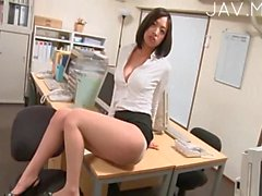 Office Babe Got Nice Set Of Boobs
