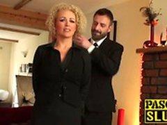 Große Brüste Babe Rebecca Smyth gefickt wie eine echte unterwürfig Schlampe