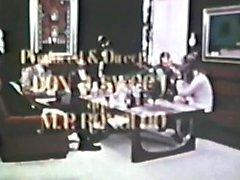 European Peepshow Loops 309 70s and 80s - Scene 2