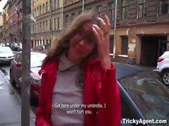 Agente Tricky - Seducir a una timido temporizador de primera