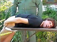 Formación de a su culo para el ejército