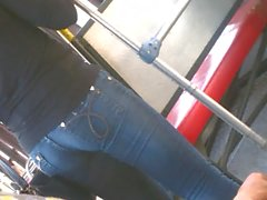novinha gostosa jeans oni 2 onibus