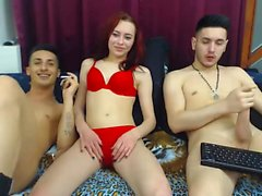 Amateur Teens Webcam Dreier
