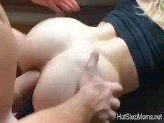 La mia matrigna caldo ama il sesso anale
