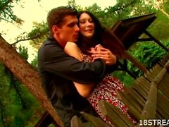 Tasting babe's twat outdoors