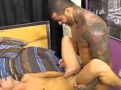 Gay raka anal porr Alexsander inträder genom att man tvingar Jacobey '