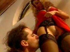 Italian vixen does anal in a barn