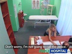 FakeHospital Sıkı kedi doktor iki kez yapar