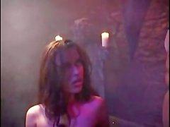 Yüzüklerin Nikita Denise bir Whore
