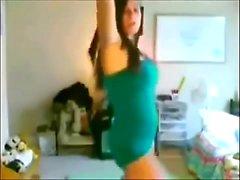 Beautiful Brazilian dancing girl - Que Belleza de Chica