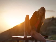 Sunset in Malibu in art stripping movie