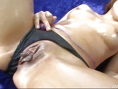 Yuu Shiraishi oiled up and playing with her micro bulle