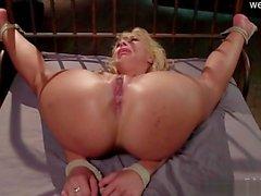 Natural tits orgasm squirt