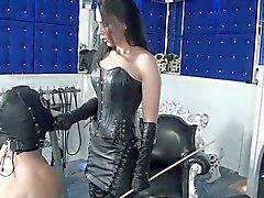 Fetissi Diva Nadian