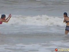 Spycam girls on the beach