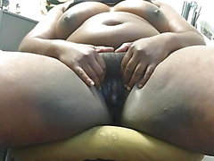 Ebony bbw pussy play